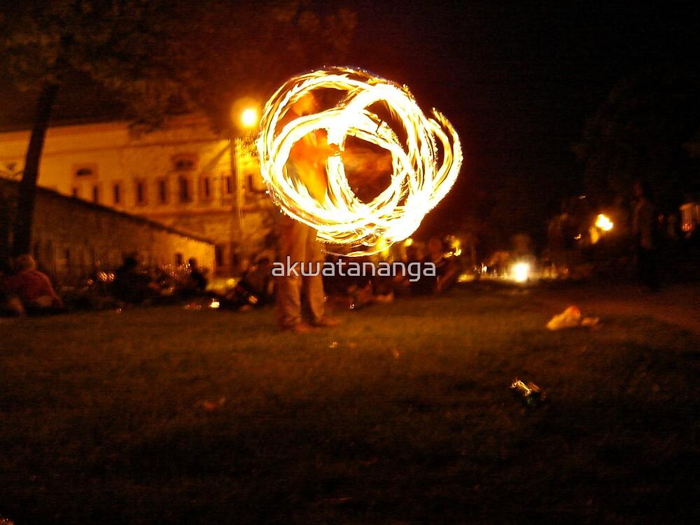 fire juggling by akwatananga
