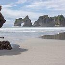 Archway rocks. by Anne Scantlebury