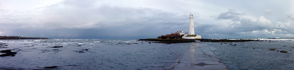 Panoramic shot of St Mary's Island Whitley Bay by H3DGO