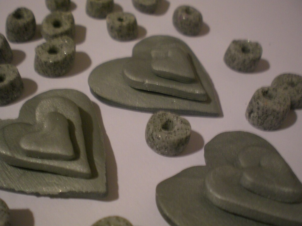Silver grey love hearts  by Jadavision
