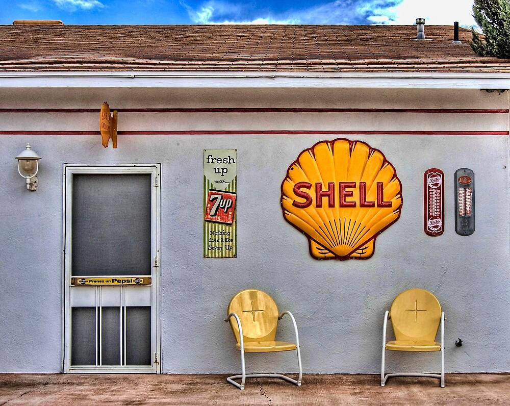 Shell Station 1 by DesertDweller