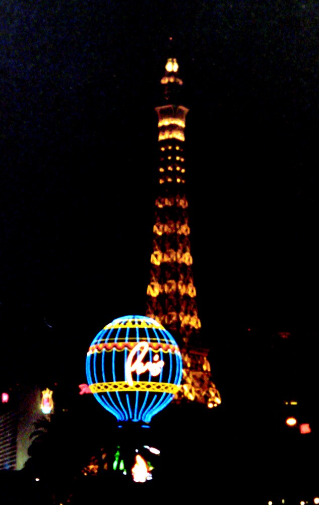 Paris??? Nope, Vegas. by rlh1973