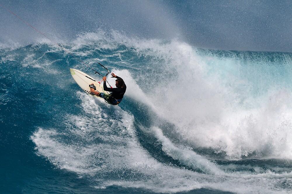 Kite Surfing at Ho'okipa Beach, Maui, Hawaii .... by M-Pics