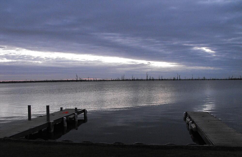 Dawn - Lake Mulwalla by Kay Coates