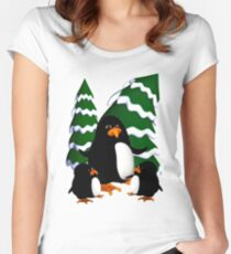 Happy Penguin Family Women's Fitted Scoop T-Shirt