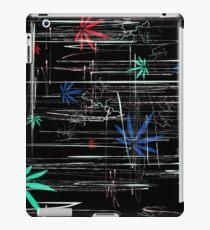 Bunte Marihuanablätter und -kratzer iPad-Hülle & Klebefolie