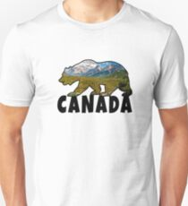 Canada bear with landscape / gift North America Unisex T-Shirt