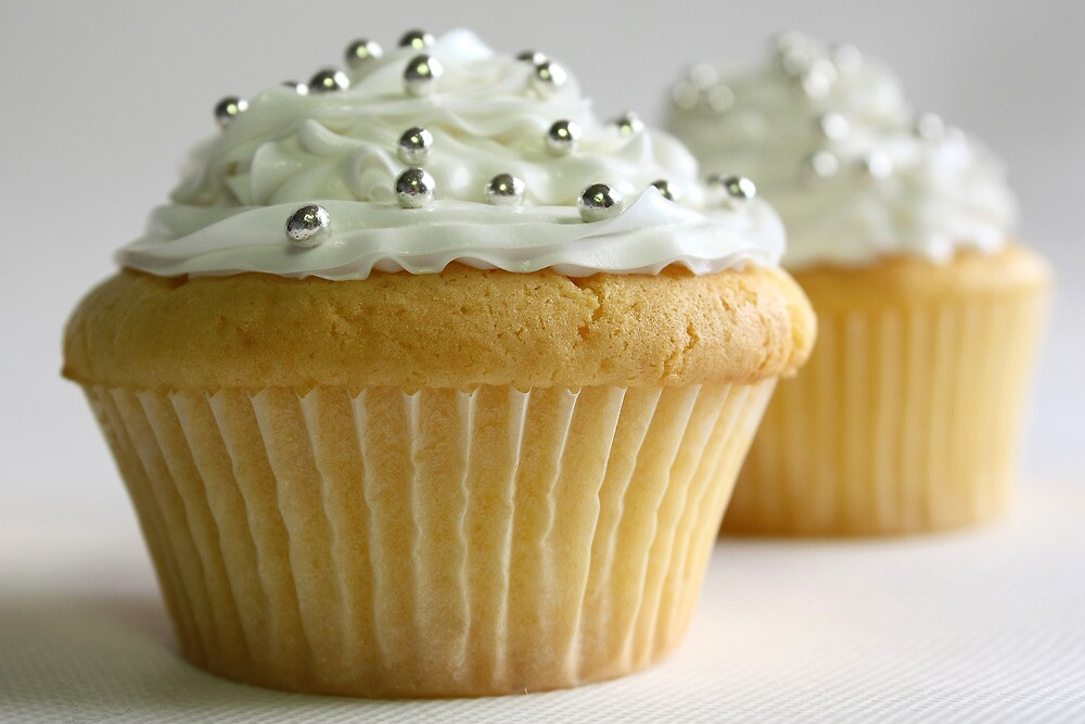 White cupcakes by Framed-Photos