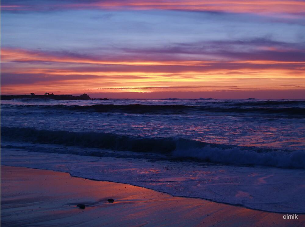 Coastal Sunset by olmik