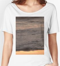 Pretty Pink and Orange Pacific Ocean Sea Waves Sunset II Women's Relaxed Fit T-Shirt