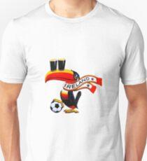 toucan2 Unisex T-Shirt