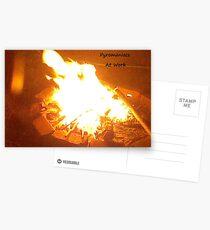 Pyromanes au travail Cartes postales