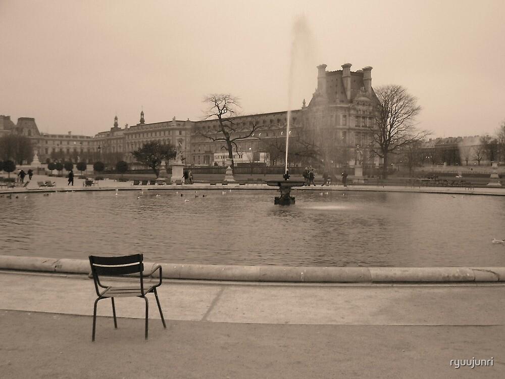 a chair and the fountain  (Jardin du Tuileries) by ryuujunri