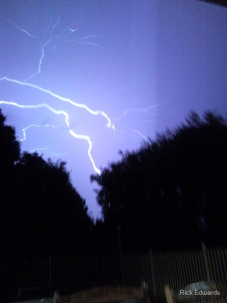 NYE Lightning by Rick Edwards
