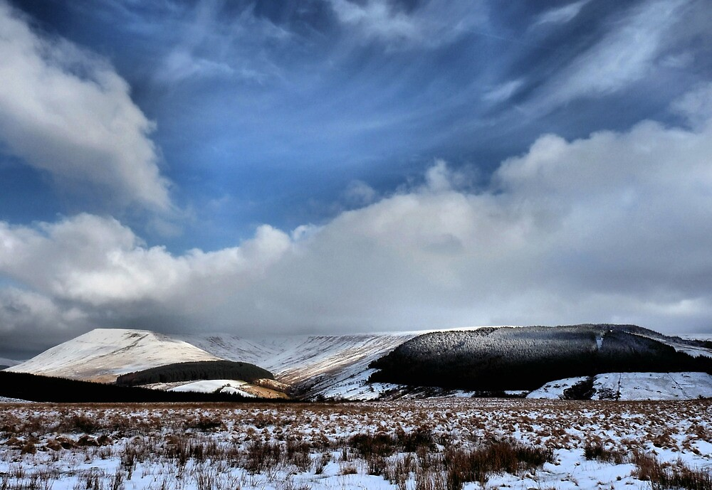 Winter on the Brecon Beacons S. Wales by wizard327