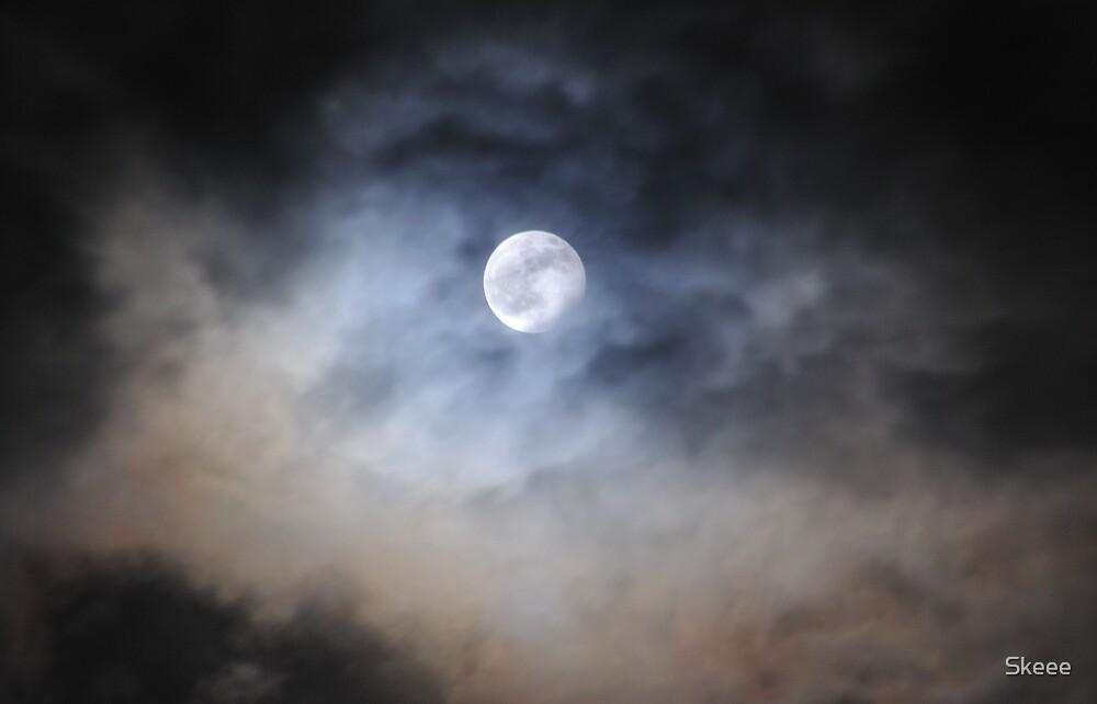 Hogmanay Eclipse 2009 by Skeee
