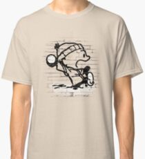 Snowball thrower Classic T-Shirt