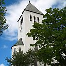 Svolvær - The Church on the Hill, a closer look by ellismorleyphto