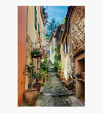 A narrow street in Provence village Photographic Print