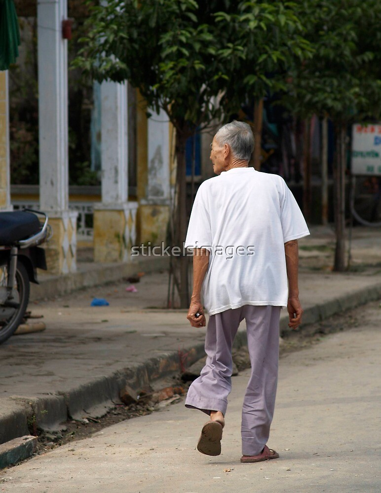 peoplescapes #91, just strolling along by stickelsimages