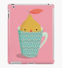 lemon in a cup iPad Case/Skin