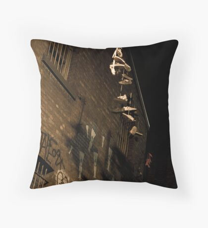 Drug dealers opperate here Throw Pillow