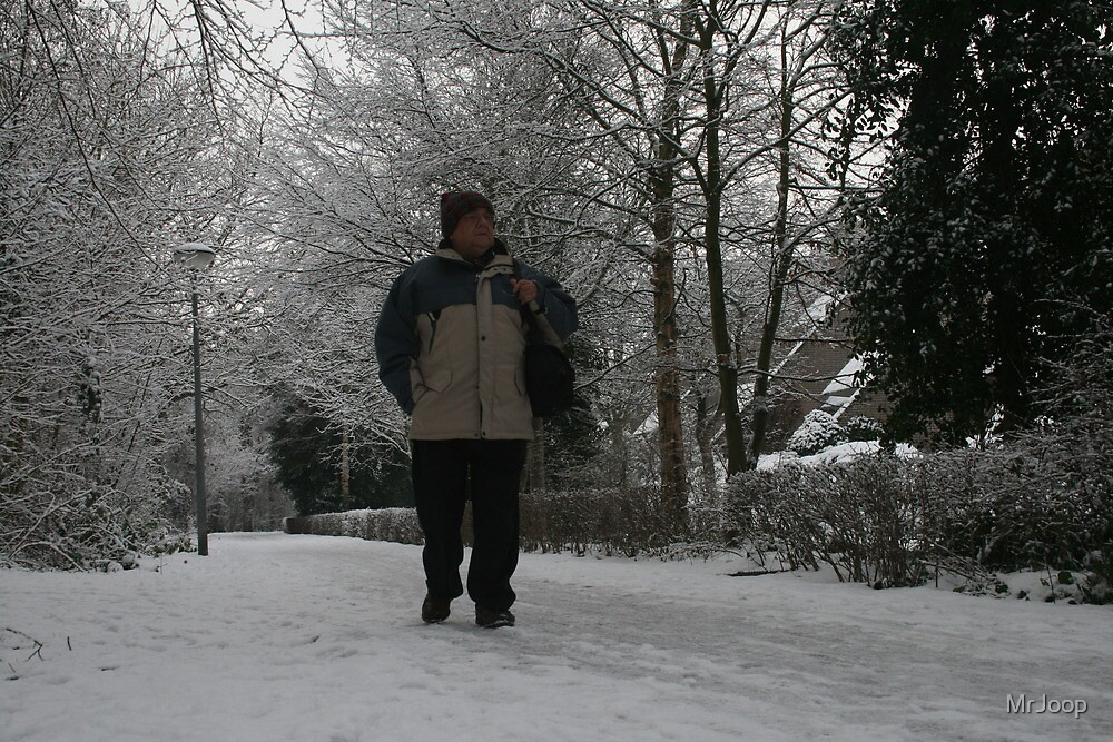 Well! If that's not snow, ... I'm a Dutchman!! by MrJoop