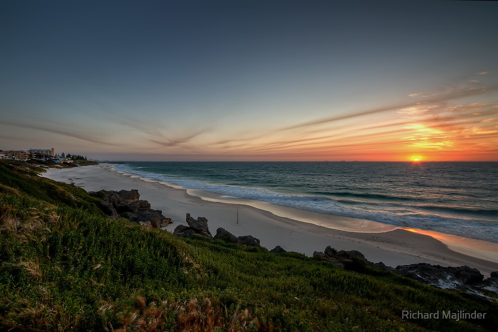 Cottesloe beach with sunset approaching by Richard Majlinder