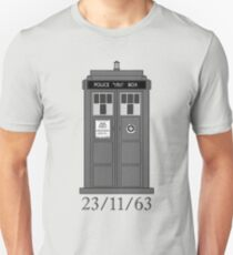 Classic Who Police Box. T-Shirt