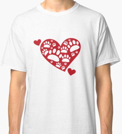 Super Cute Dog Paws Print & Heart T-Shirt:  Valentine's Day Gift Idea Classic T-Shirt