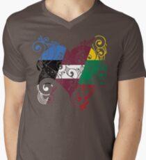 Baltikum Herz T-Shirt mit V-Ausschnitt