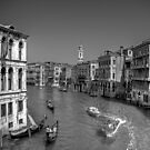 Light Traffic on the Grand Canal - B&W by Tom Gomez