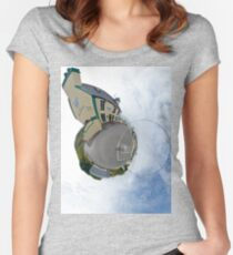 Biddy's House - the Crossroads Pub, Glencolmcille(Sky Out) Women's Fitted Scoop T-Shirt