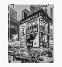 Times Square III (special finale edition - black & white) iPad Case/Skin