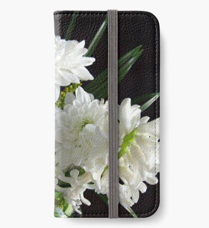 Reinheit - weiße Hyazinthe und Dahlien iPhone Flip-Case
