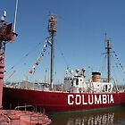 Columbia Lightship - Astoria, OR by searchlight