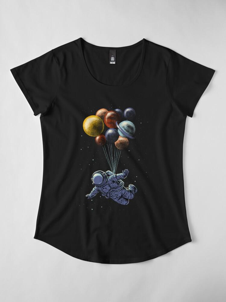 Vista alternativa de Camiseta premium de cuello ancho Viaje espacial