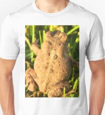 Toad in the yard 2 Unisex T-Shirt
