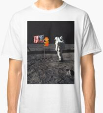 Super Mario On the Moon Classic T-Shirt