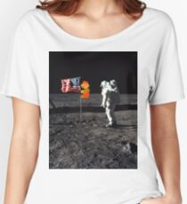 Super Mario On the Moon Women's Relaxed Fit T-Shirt