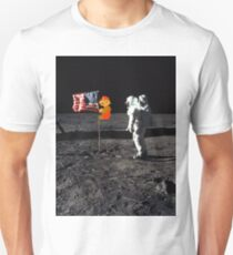 Super Mario On the Moon Unisex T-Shirt