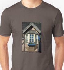 BAY WINDOW T-Shirt