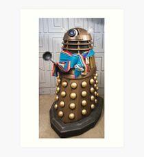 Gold Dalek wears Jodie Whittaker's Scarf in Doctor Who Art Print