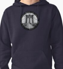 Brooklyn Bridge New York City (black & white badge emblem on black) Pullover Hoodie