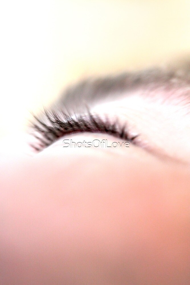 Dune Of Lashes And Brow by ShotsOfLove
