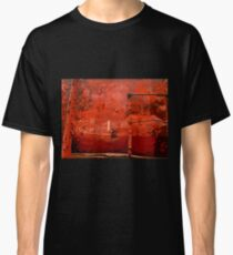 RUSTY AND WEATHERED OLD TRAIN Classic T-Shirt