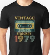 40th Birthday Gift Vintage february 1979 Year Old Mixtape Unisex T-Shirt