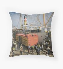 Unloading bananas from steamer, New Orleans ca 1900 Throw Pillow