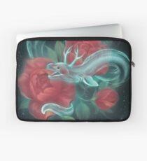 Geisteraal und Rosen Laptoptasche
