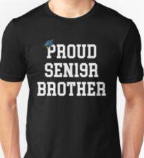 9e3ffde57 Camiseta unisex Hermano orgulloso de la graduación de Sen19r
